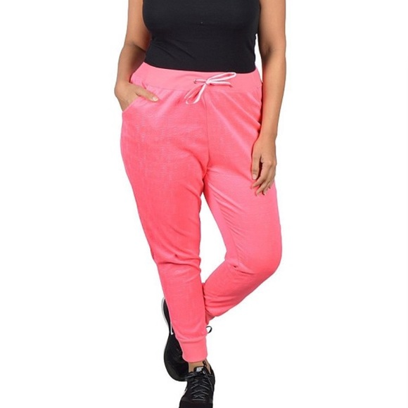 9a2e3c8a8c2b4 ✅HP ➕🆕 (2X) Plus Size Hot Pink Love Joggers